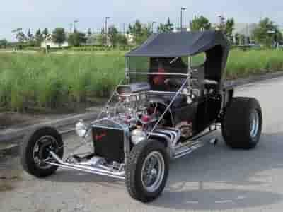 Old roadster at Dellutri Classic Golf Tournament